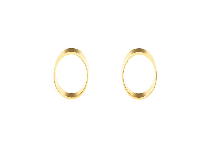 תמונת מוצר, עגילים בצורת אליפסה חלולה בצבע זהב.
