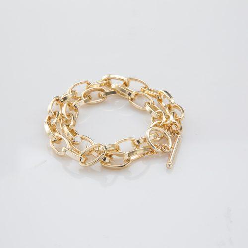 תמונת מוצר, צמיד חוליות עבות בשני ליפופים בצבע זהב.