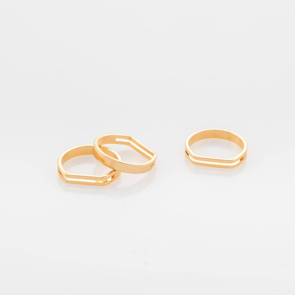 טבעת פסים קטנה