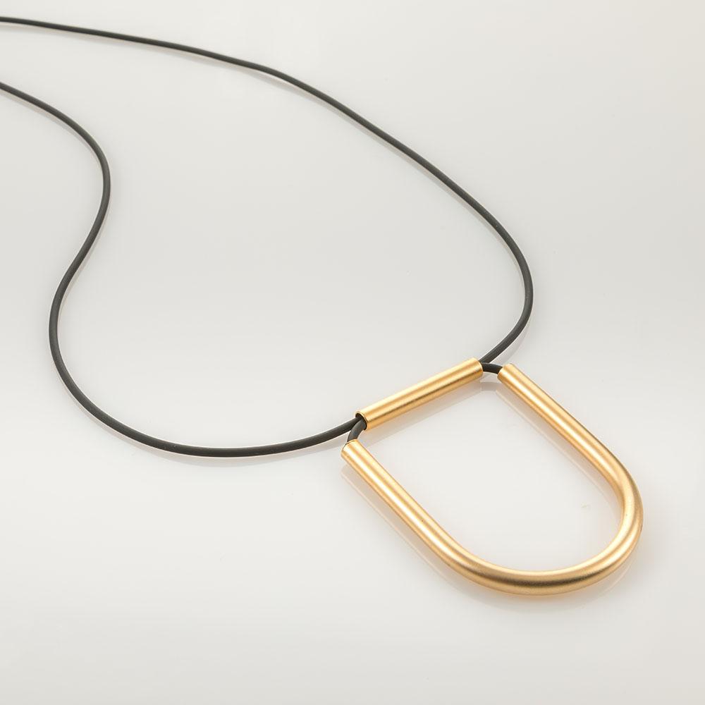 שרשרת סיליקון בשילוב אלמנט זהב