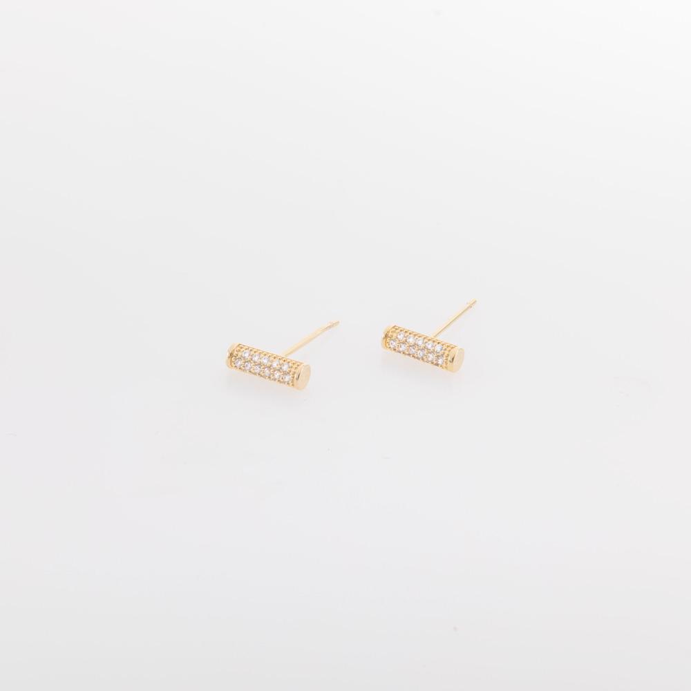 עגילי זהב עם אבנים קטנות